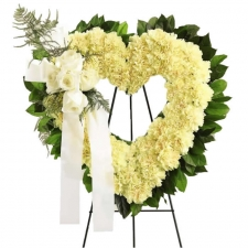 open_heart_sympathy_wreath_4cf65c1cdd264